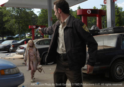 TWD-1-Episode-1-Rick-Girl-760