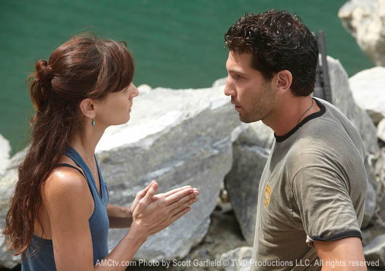TWD-S1-Episode-3-Lori-Shane-760