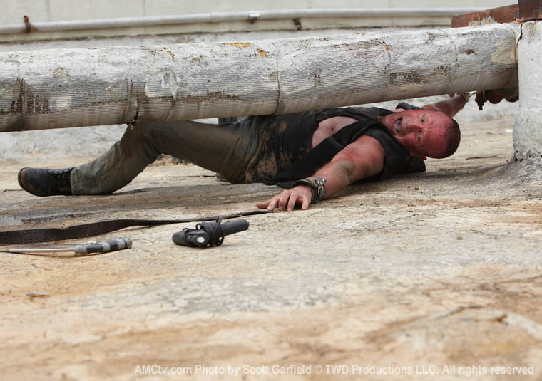 TWD-S1-Episode-3-Merle-760